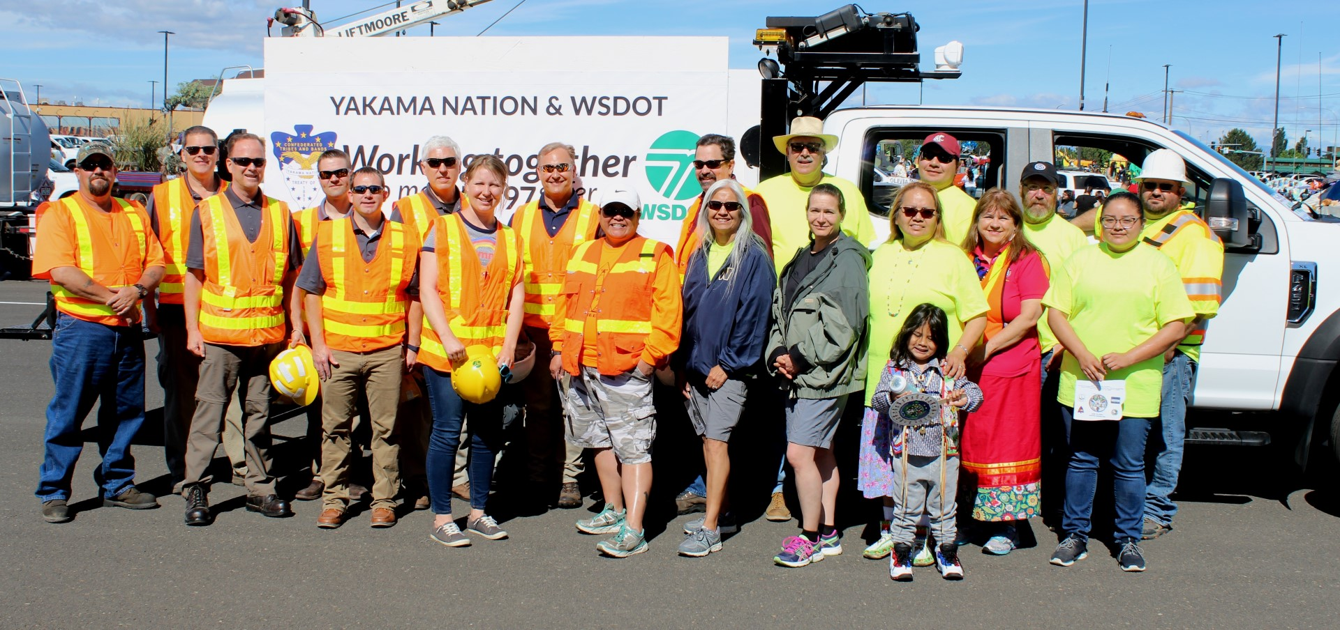 WSDOT staff with the Yakama Nation Tribal Traffic Safety Committee